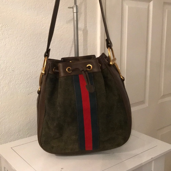3fec1d823c4 Gucci Handbags - VINTAGE GUCCI LEATHER AND SUEDE PURSE